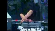 Angerfist - Pissin Razobladez(LIVE)