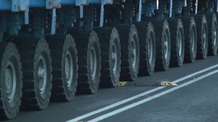 Огромно съоръжение премина по улиците на Бургас