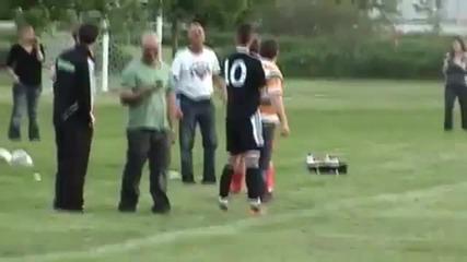 Justin bieber-jogando futebol