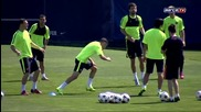 Тренировката днес /fc Barcelona training session- the team prepares for the Champions League final