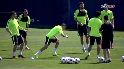 Тренировката днес /fc Barcelona training session- the team prepares for the Champions League final