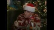 Дядо Коледа Пее!