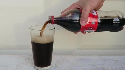 Какво ще се случи, ако разбъркате белина и Кока Кола