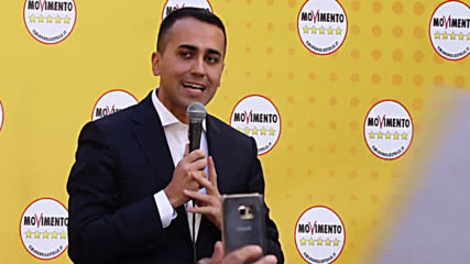 Italy: Luigi Di Maio in Five Star's protest against his government