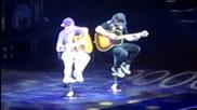Джъстин се разплака на сцената ; ( ( 02.05.2011 )