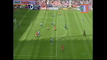 Премиер Лига - Уигън 0:5 Манчестър Юнайтед - първи гол