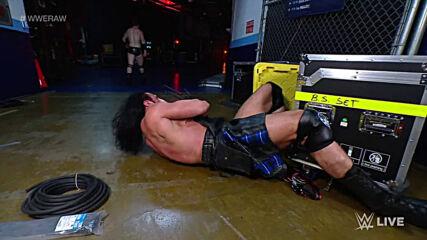 Sheamus blindsides Drew McIntyre backstage: Raw, Mar. 8, 2021