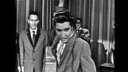 Elvis Presley - Hound Dog - 1956