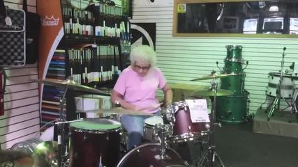 Баба барабанист