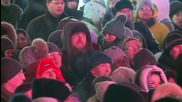 Russia: Muscovites gather on Red Square to celebrate New Year with a bang