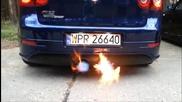 Огън и Звук от Vw Golf Mk5 R32 Turbo 570hp 620nm