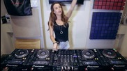 Dj Juicy M и техниката и