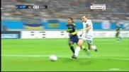 Бъркат в окото на голмайстора на Динамо в Шампионската лига ! смях...