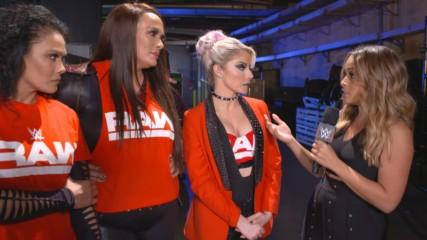 Raw women unfazed by crowd reaction, team distractions: WWE.com Exclusive, Nov. 18, 2018