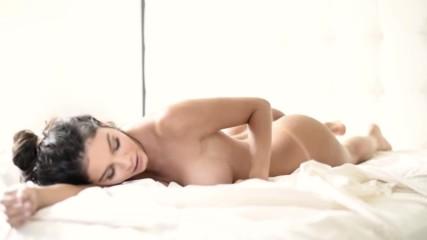 Колумбийски модел Mara Fernanda Muriel за списание Soho