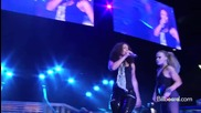 Alicia Keys feat Beyonce - Put It In A Love Song ( Live )