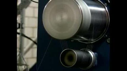 Швейцарски робот изпробва дрехи против потене