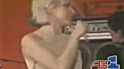 Blondie - One Way Or Another - Youtube