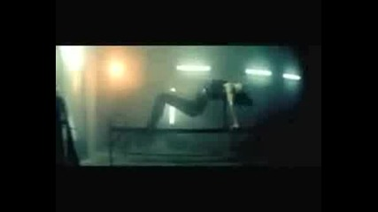 Rihanna - Disturbia [ Номер 1 За Лято 2008 ]