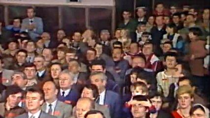 Radisa Urosevic ( 1984 ) - Plave kose jos me nose