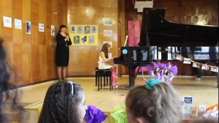 Лекси Александрия концерт по пиано изпълнява Танц от Бетовен Beethoven