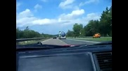 Раздранканото Ferrari 355 spider На kocunche се опитва да ме стигне :)