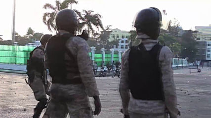 Haiti: Protesters bombard police with rocks as Port-au-Prince protests continue *GRAPHIC*