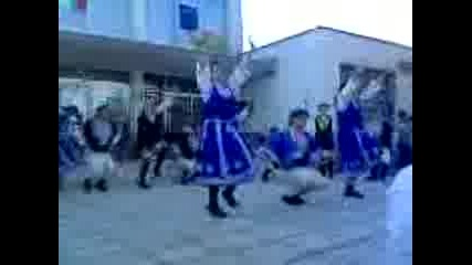 Самодеен Танцов Ансамбъл В С. Локорско