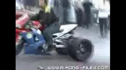 Yamaha R1 Триколка