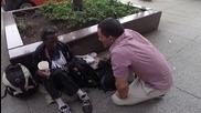 Бездомен получава желания рожден ден