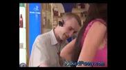 Голи и Смешни - Реклама на боички