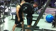 Клек 135 кг. за 5 повторения