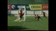 Марсело Биелса ще продължи да води Чили