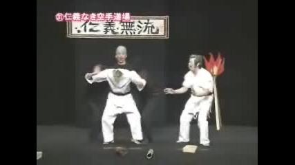 Много Луди Японци Правят Яко Шоу