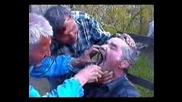 Колегите(пияници) как си вадят зъб? :d:d:d