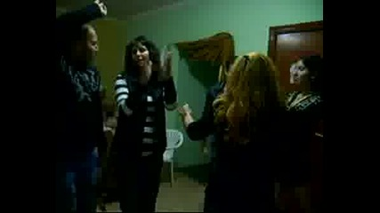 Танци 2
