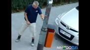 Пиян се разхожда със стил