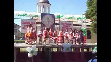Танцува Група Искрици