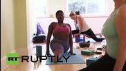 Не само слабичките са добри йога учители