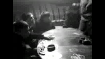 Свара 2 - Имах 21 на шибаната маса :D