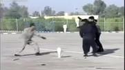 Оманският спецназ прави шоу