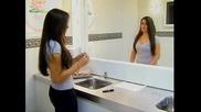 Огледало в което няма отражение - Шега
