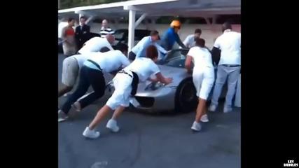 Момче тества новот0 си Porsche 918, но го разби
