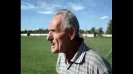 Стар фултолен тренер - Смях