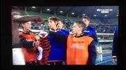 Дете отказва фланелката на Мунтари от Милан