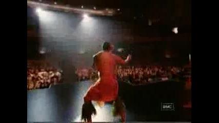 Скалата танцува Самоански танц гледката си заслужава