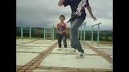 Малкият няма равен в танците