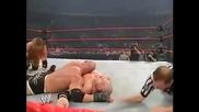 Кейн срещу Голдбърг срещу Трите Хикса - мач за Титлата Тежка Категория(armageddon 2003)