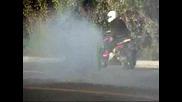 Yamaha R1 Burnout !!!