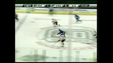 """""""Ванкувър"""" разби с 6:2 """"Филаделфия"""" в НХЛ"""